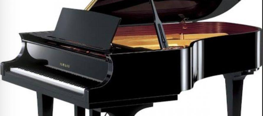 Donations help buy new piano for Art University