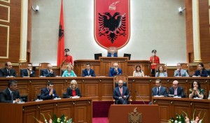 European Parliament President Martin Schulz spoke to the Albanian parliament. (Photo: Kuvendi i Shqipërisë)