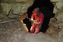 Bulgarian speleologists in love with Albanian caves