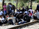 Western Balkans summit overshadowed by refugee crisis