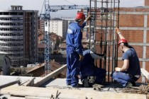 Construction booming amid credit decline
