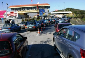 At the largest border crossing with Greece, Kakavija, police said they detained 23 foreign nationals who had illegally crossed into Albania in the past two weeks. (Photo: Archives)