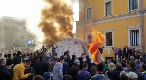 bunker protest tirana