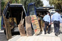 Macedonia urges Albania to return  stolen icons