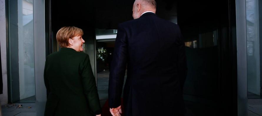 EU accession talks won't start before elections, Merkel says