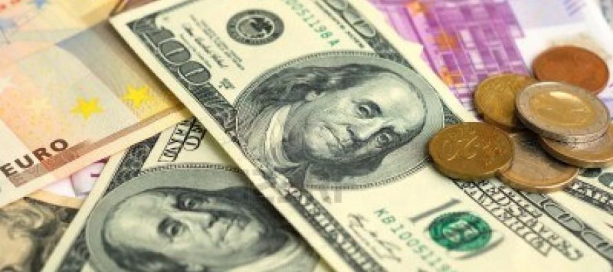 Lek loses ground against Euro, U.S. dollar