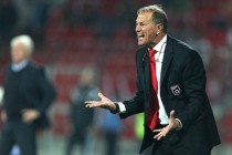 De Biasi under fire following national side's fourth consecutive loss