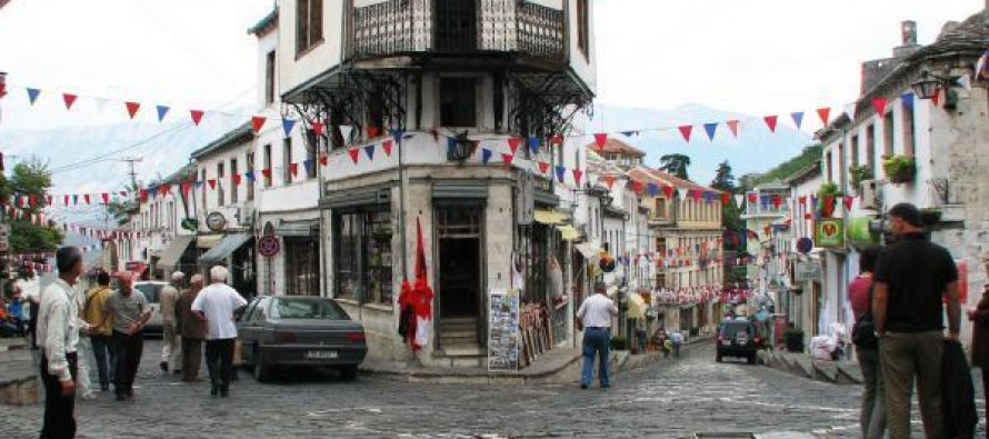 Experts petition against gov't bypass project in UNESCO-listed Gjirokastra