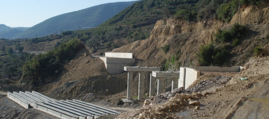 Albanian company gets bonus for offering to complete Arbri Road for €245 mln