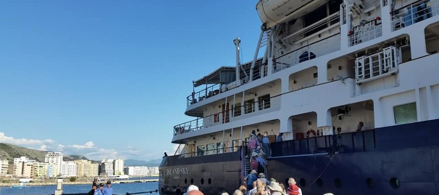 Albania cruise ship tourism takes advantage of Turkish insecurity