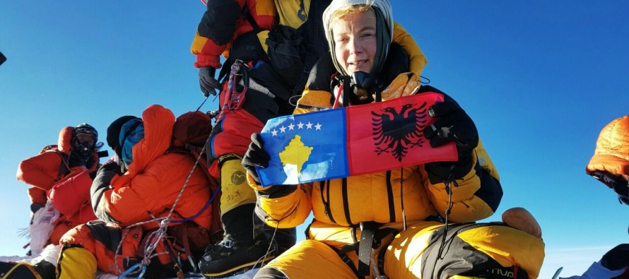First Albanian woman climbs Everest