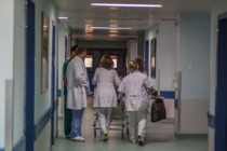 Doctors' exodus makes Albania's healthcare system more vulnerable