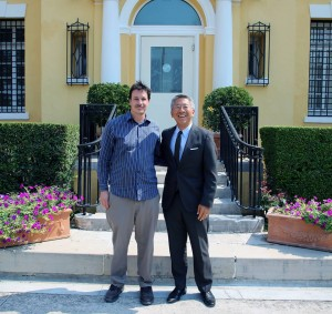 Ambassador Lu welcomes Boaz Nash, the great-grandson of Herman Bernstein who served as U.S. Ambassador to Albania from 1930 to 1933. Photo: U.S. embassy Tirana