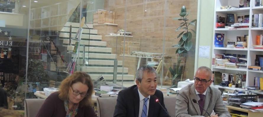 Ambassador Ito talks 'Contemporary Japan' at AIIS forum
