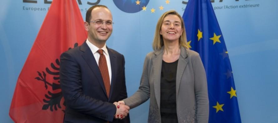 Mogherini sees momentous 2018 for Albania's EU bid