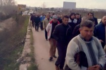 Oil workers march to Tirana to demand unpaid wages, resumption of work