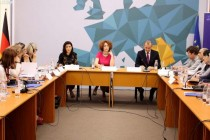 EU calls for dialogue between gov't and owners to solve property issues in Albania