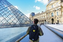 Albanian students abroad are one of the least willing to work at home, survey shows