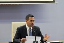 Gov't blames euro's free fall for revenue slowdown