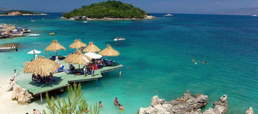 Poles lead tourist growth as Albania climbs among top travel destinations