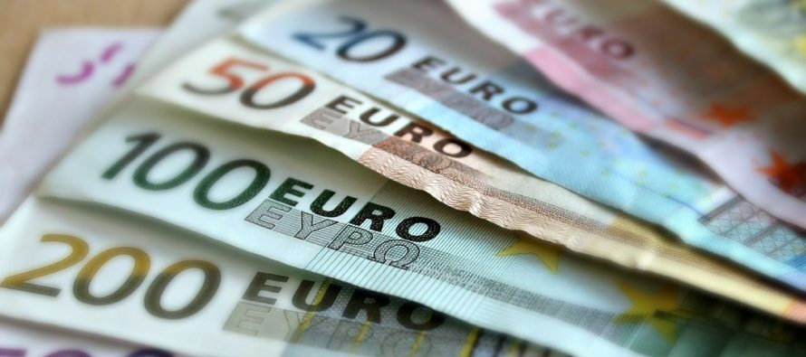 Euro rises to almost 124 lek