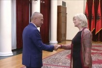Senior US diplomat Elisabeth Millard visits Tirana