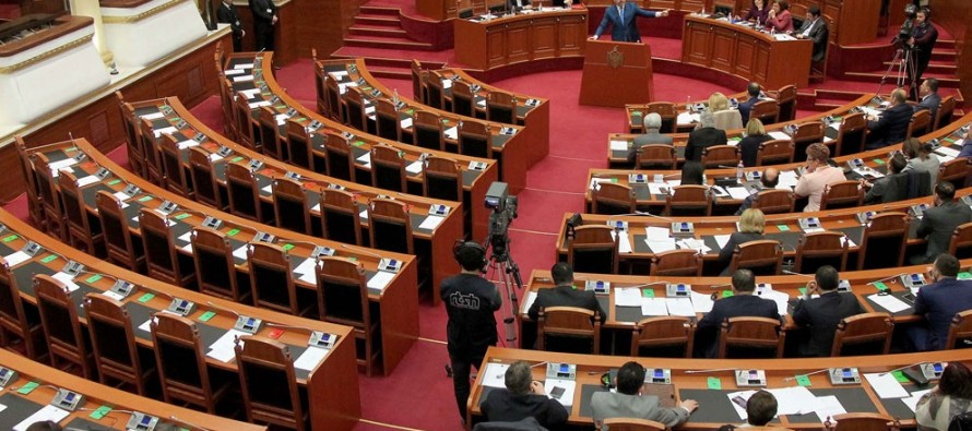 New parliamentary season starts off with deep gov't-opposition divisions