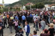 Elbasan protesters clash with police, minors among them