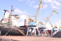 Durres Port German concessionaire warned over ousting rival stevedoring companies