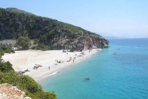 Poles lead Albania tourist growth for second year in row