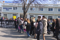 Tirana citizens protest against female violence in silent rally