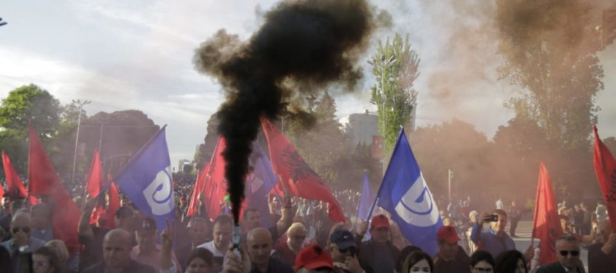 Socialist govt approves local election candidates despite civil unrest