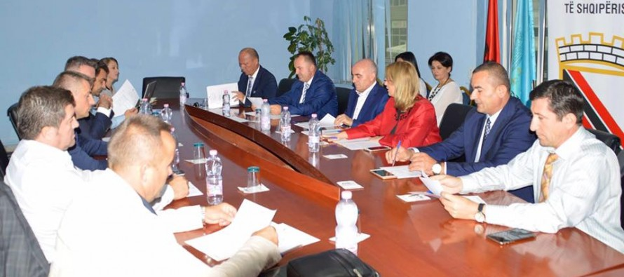Mayors Association asks blocked Constitutional Court to interpret local elections