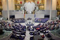 Bundestag approves, solution of political crisis key to opening accession negotiations