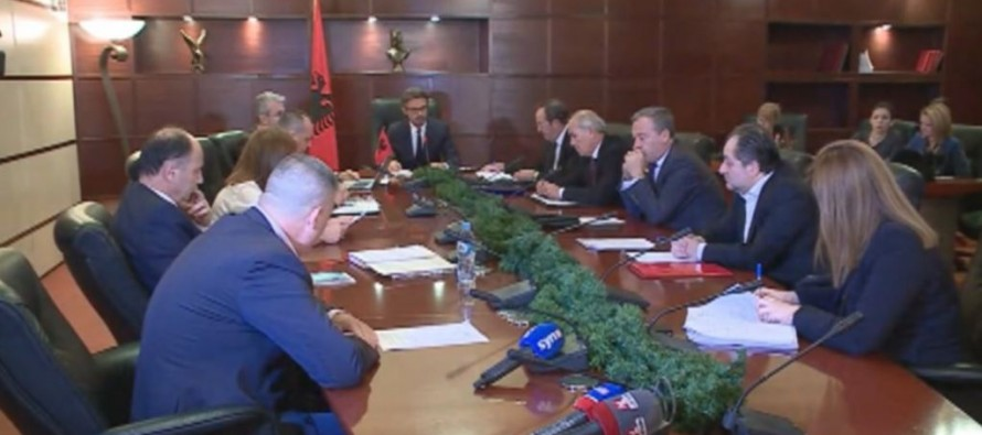 High Prosecutorial Council vows to establish special anti-corruption unit within a month