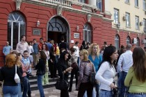 73 percent of Albanian students struggle financially, according to DZHW survey