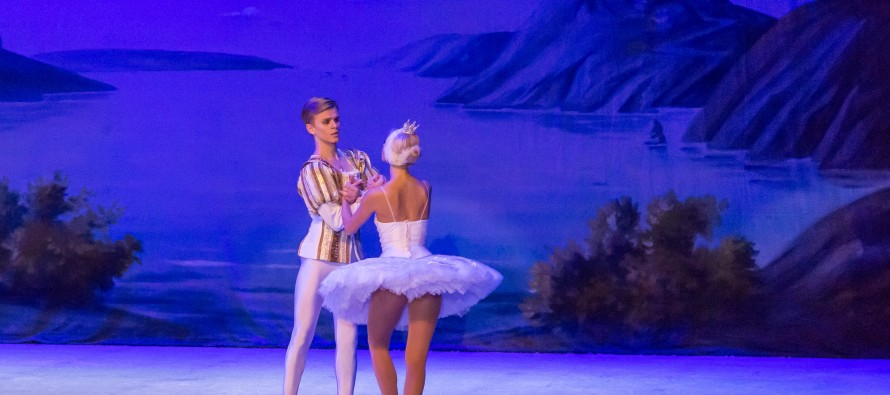 Tirana enchanted by Russian ballet on ice