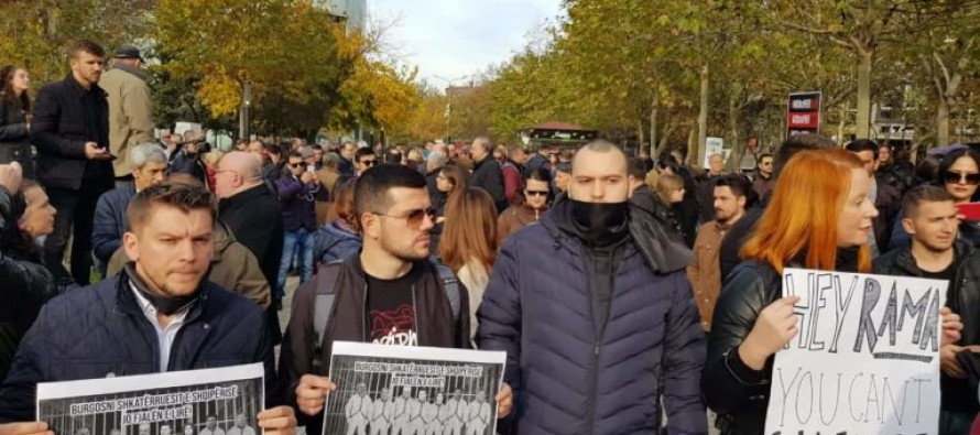Journalists in protest against gov't passing 'anti-libel' law