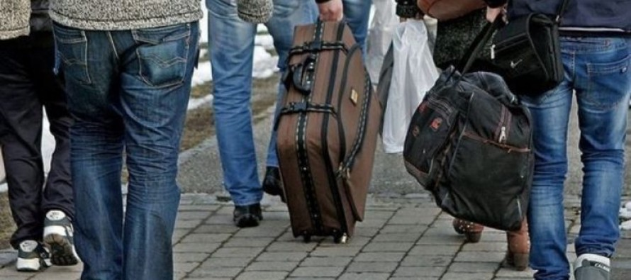 "EUROSTAT: ""Majority of Albanians were granted long-term  EU residence permits in 2018"""