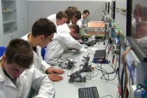 Less than half of vocational school graduates are currently employed, according to MFE