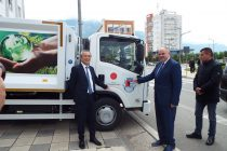 Japan donates waste collection truck to Kukes