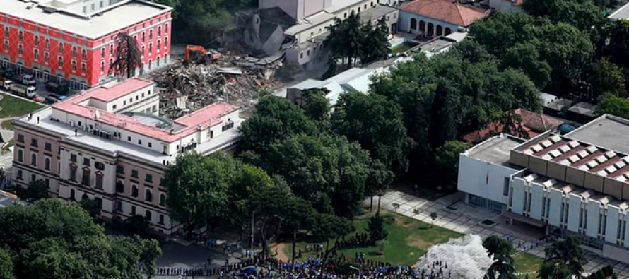 President Meta calls for int'l investigation into demolition of Theatre