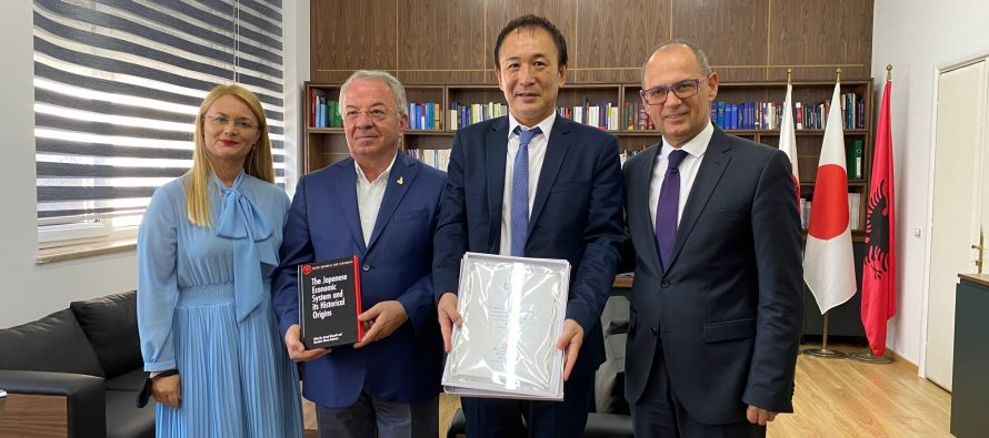 Japan donates Books to Faculty of Economy, University of Tirana