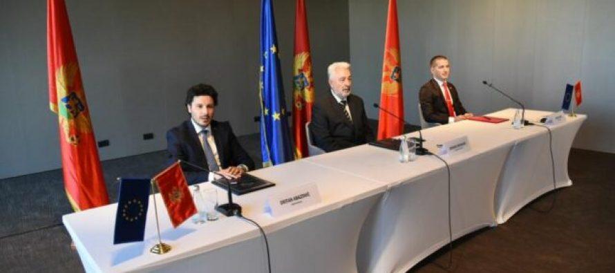 Montenegro majority lists sign agreement